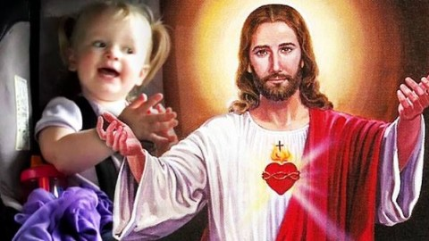 """Adorable Little Girl Sings """"Jesus Loves Me"""" On Her Way To Church 