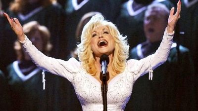 Dolly Parton Urges All To Forgive With Powerful Tribute To Jesus Christ
