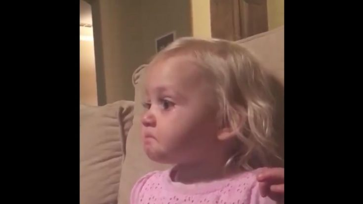 Little Girl's True Compassion (Caught On Camera) (VIDEO) | I Love Being Christian Videos