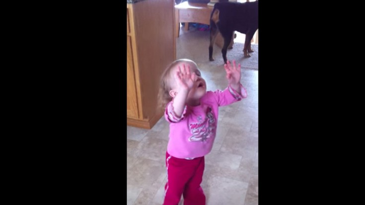 2 Year Old Praising God (Caught On Camera) (WATCH) | I Love Being Christian Videos