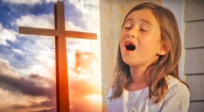 After Her Mom Died, 7-Year-Old Rhema Delivered Breathtaking 'Amazing Grace' Performance