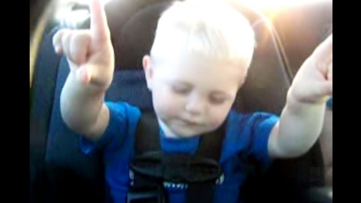 Baby In The Zone Praising Jesus (Caught On Camera) | ILoveBeingChristian Videos