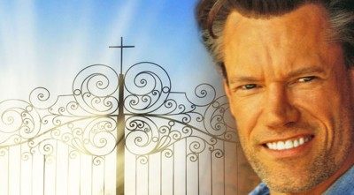 "Randy Travis' Powerful Performance Of ""I'll Fly Away """