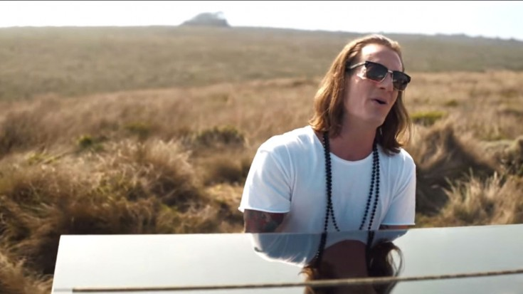Young Country Music Artist Brings God Back To Television | I Love Being Christian Videos