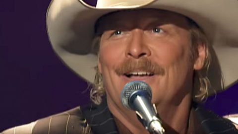 You'll Be Headed Straight To Church After Hearing Alan Jackson's 'I'll Fly Away' | I Love Being Christian Videos