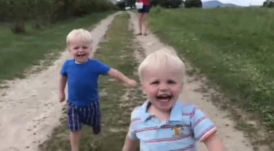 The Most Hilarious & Adorable Video You'll See All Day! – Twin Baby Videos